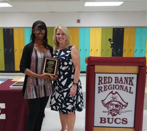 ) Melia Owens received the SOURCE Community Partnership Award on behalf of Lunch Break