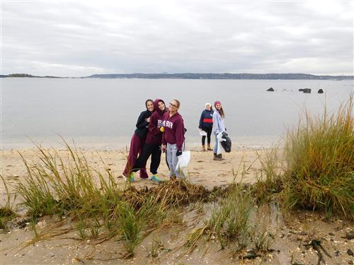 RBR Environmental Club clean-up the beaches at Sandy Hook
